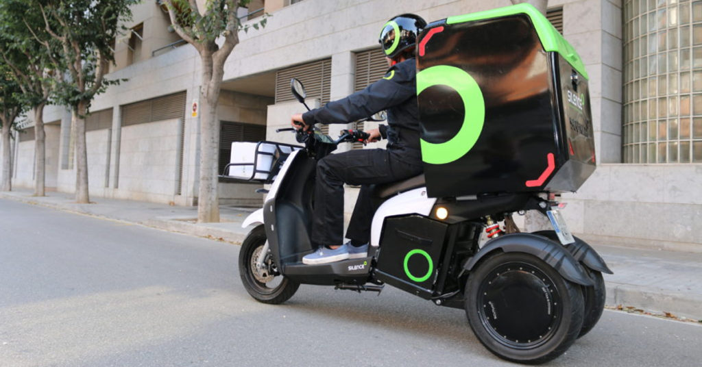 moto reparto 3 ruedas